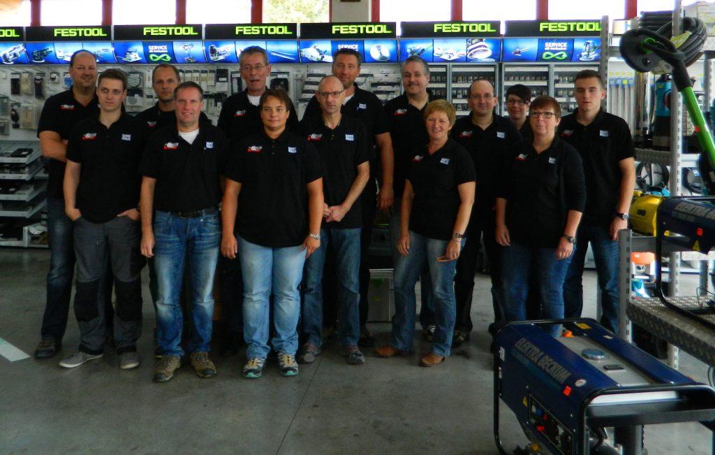 Über uns Team Sauerwein und Dilcher im Verkaufsraum